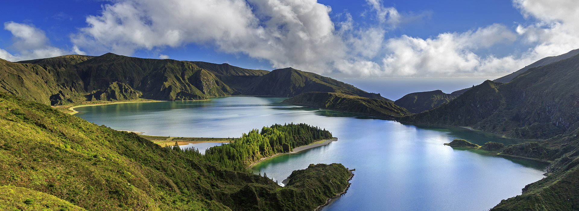 Stopover in Azores. Fire Lake, São Miguel.